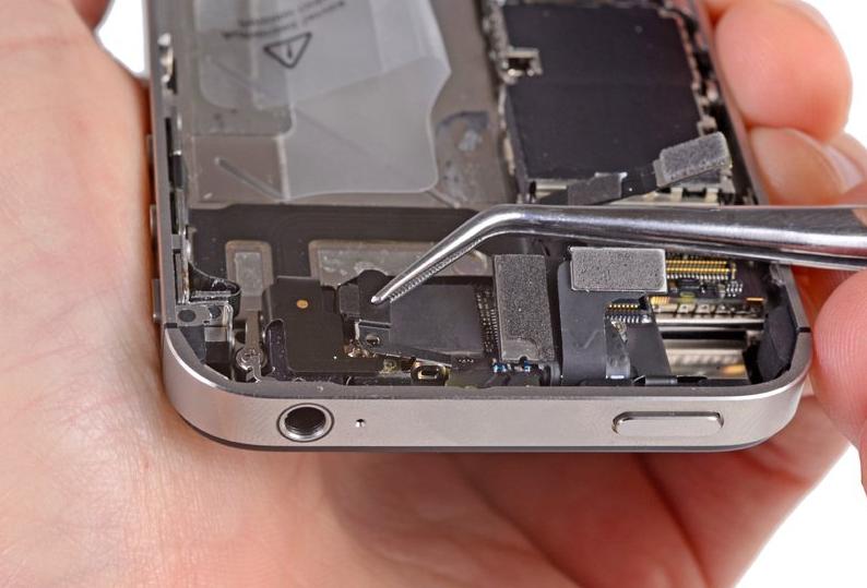 поэзия, которую сломался телефон как вытащить контакты из айфона 5 фото поможет